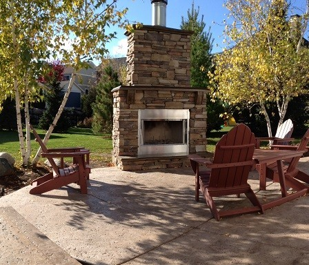 Travertine Patio And Fire Feature